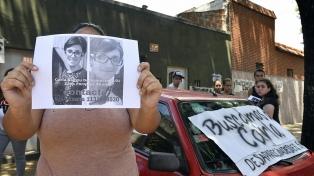 Familiares y amigos de Carla Soggiu cortaron el Puente Alsina para pedir justicia