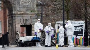 Detienen a dos hombres vinculados a la explosión de un coche bomba
