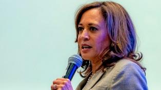 Una senadora se suma a la disputada interna presidencial demócrata