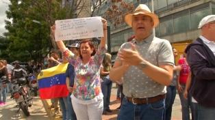 """Guaidó anunció una """"coalición internacional"""" para que envíen ayuda humanitaria al país"""