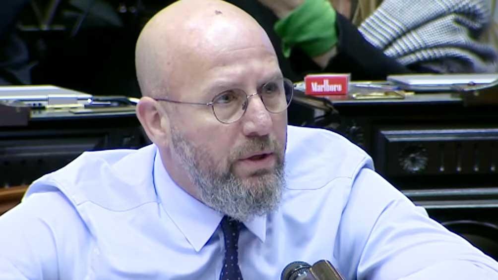 Waldo Wolff, diputado de Juntos por el Cambio, respaldó y suscribió los ataques perpetrados por su compañero de bancada contra Florencia Peña.