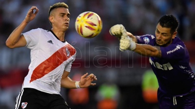 River derrotó a Racing en el Monumental