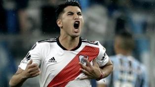 Exequiel Palacios trabajó con pelota y se acelera su regreso