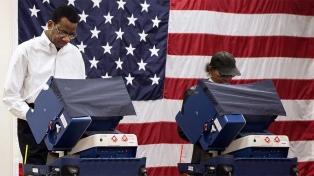 Chicago acude a las urnas para elegir al alcalde de la tercera ciudad del país