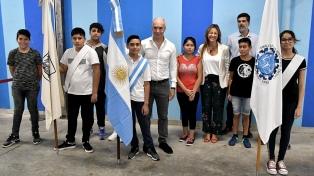 Rodriguez Larreta y Acuña iniciaron al ciclo lectivo en Mataderos