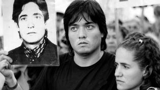 Cruzan Instagram y literatura para visibilizar la búsqueda de Abuelas de Plaza de Mayo