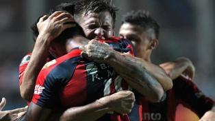 San Lorenzo, sobre el final, le ganó a Godoy Cruz
