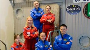 Seis voluntarios se encierran durante 120 días para simular un viaje a la Luna