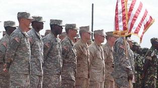 El Pentágono despliega médicos militares en California y Texas por el avance del virus