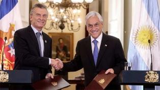 """Macri y Piñera se comprometen a """"potenciar inversiones y facilitar el comercio"""""""