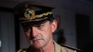 El ex general Manini Ríos urge a los militares a no votar al Frente Amplio
