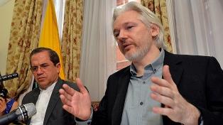 Assange compareció ante la Corte británica que definirá si lo extradita a EEUU