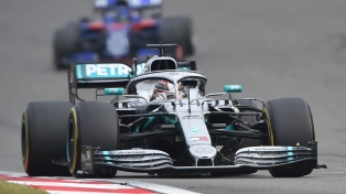 "Hamilton le quitó sobre el final la ""pole"" a Bottas"