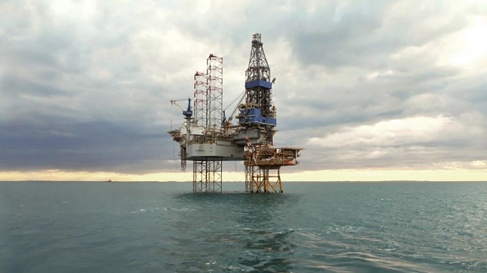Otorgan permisos de exploración de hidrocarburos a tres empresas en un área off shore