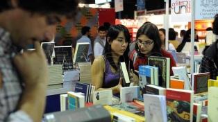 Por el rebrote de contagios de coronavirus, suspenden la Feria del Libro de Madrid