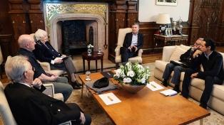 Macri recibió a intelectuales en la Casa Rosada
