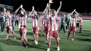 Unión goleó a San Martín y avanzó de ronda