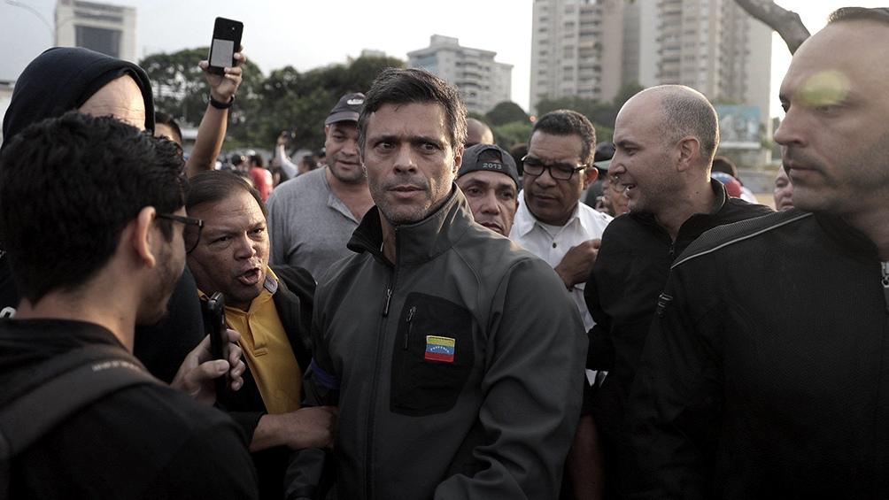 Leopoldo López fue acusado de planear un atentado explosivo contra el Parlamento