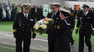 Con una serie de homenajes, recordaron el hundimiento del Belgrano