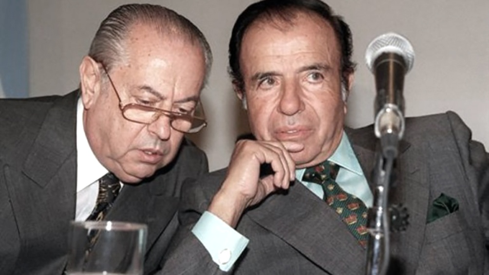Junto a Carlos Corach, su MInistro del Interior en el final del primer período y todo el segundo mandato.
