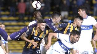Rosario Central ganó ante Libertad en su despedida