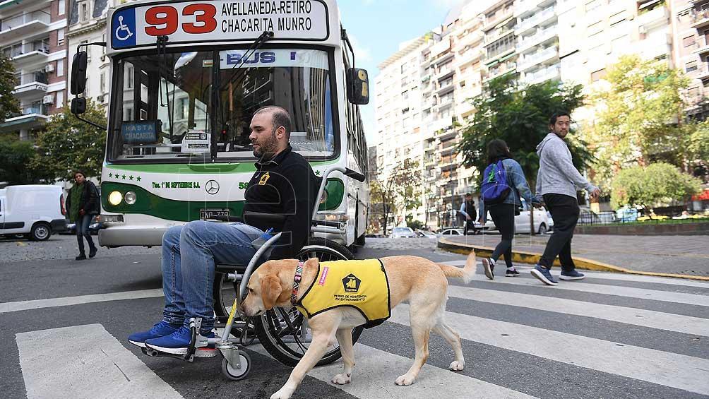 Personas con discapacidad podrán circular durante dos horas