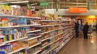 Walmart aumenta el precio de sus productos por los aranceles a China
