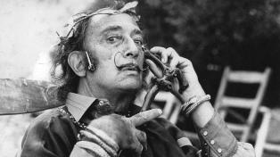 Una invitación a adentrarse en los intersticios de la mente del surrealista Salvador Dalí