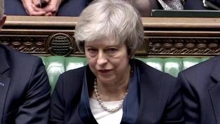 Theresa May acusó al gobierno de Johnson de amenazar la integridad del Reino Unido