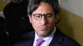 Garavano, Pichetto y Tonelli acusaron al kirchnerismo de perseguir a Macri con concesión del Correo