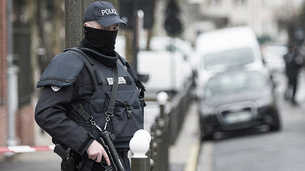 La policía francesa evacuó la estación de Lyon por