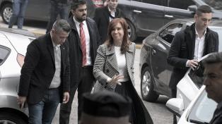 Llegó Cristina Fernández a Comodoro Py para la cuarta audiencia del juicio por obra pública