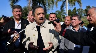 """Alfonsín dijo que la Argentina """"está quebrada"""" y reclamó """"colaboración"""" a la oposición"""