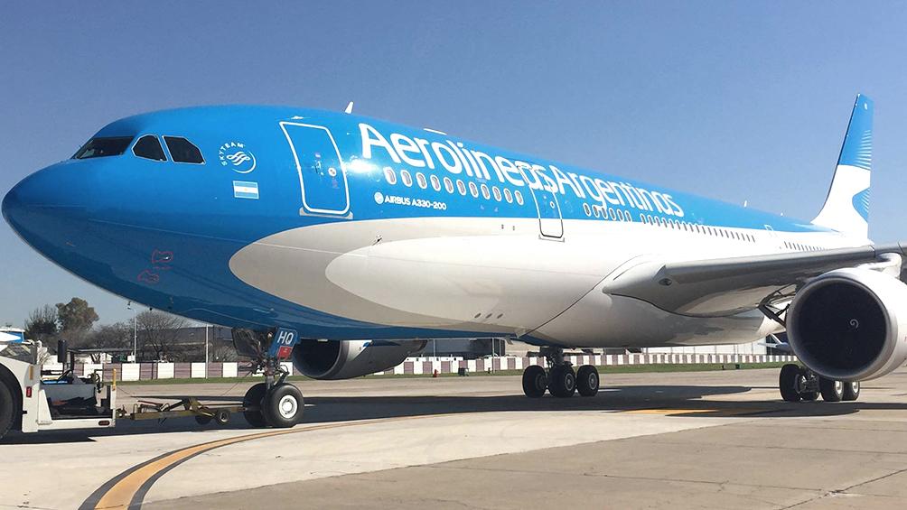Llegó el primer vuelo desde Miami con argentinos varados por el coronavirus