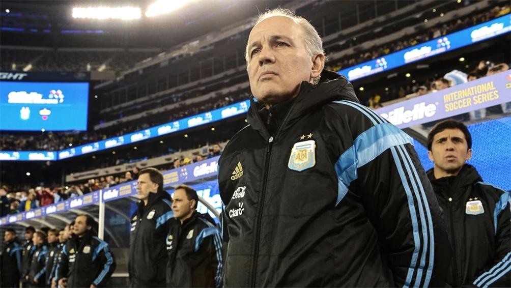 El exfutbolista y exentrenador Alejandro Sabella, DT del seleccionado argentino subcampeón del mundo en Brasil 2014, falleció a los 66 años