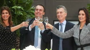 """Bolsonaro pidió a los argentinos tener """"mucha responsabilidad y menos emoción"""" para votar"""