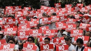Violenta jornada de protestas contra la ley de extradición a China