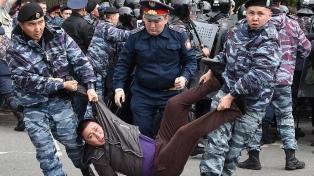 La Policía detuvo a 700 personas en las protestas electorales