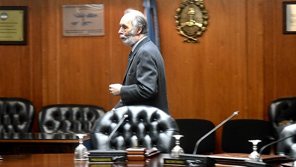 """Tonelli: """"Proponemos en la sesión de mañana (por este miércoles) convertir este DNU en un proyecto de ley""""."""