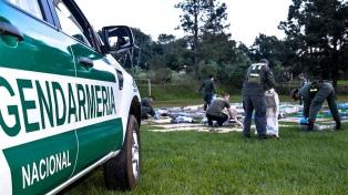 Gendarmería incautó casi cuatro toneladas de marihuana ocultas en un camión