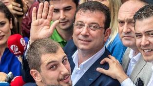 La oposición turca ganó por un amplio margen el gobierno de Estambul, una ciudad clave