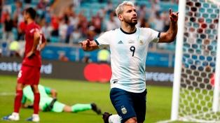 """""""Kun"""" Agüero cumplió 100 partidos con la camiseta argentina"""