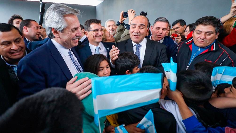 Fernández y Manzur se reunirán con industriales y sindicalistas