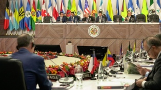 La OEA pidió que Argentina y el Reino Unido reanuden las negociaciones por Malvinas