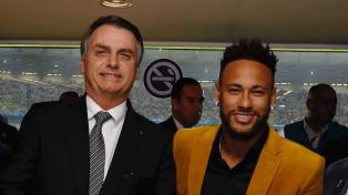 Neymar y Bolsonaro, presentes en el clásico sudamericano