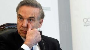 Pichetto le respondió a Fernández por la pérdida de reservas y el valor del dólar