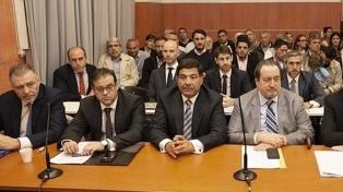 La defensa de Echegaray pidió suspender el juicio por Oil Combustibles