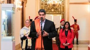 Maduro invitó a la Argentina a acompañar un acuerdo de garantías para las elecciones parlamentarias