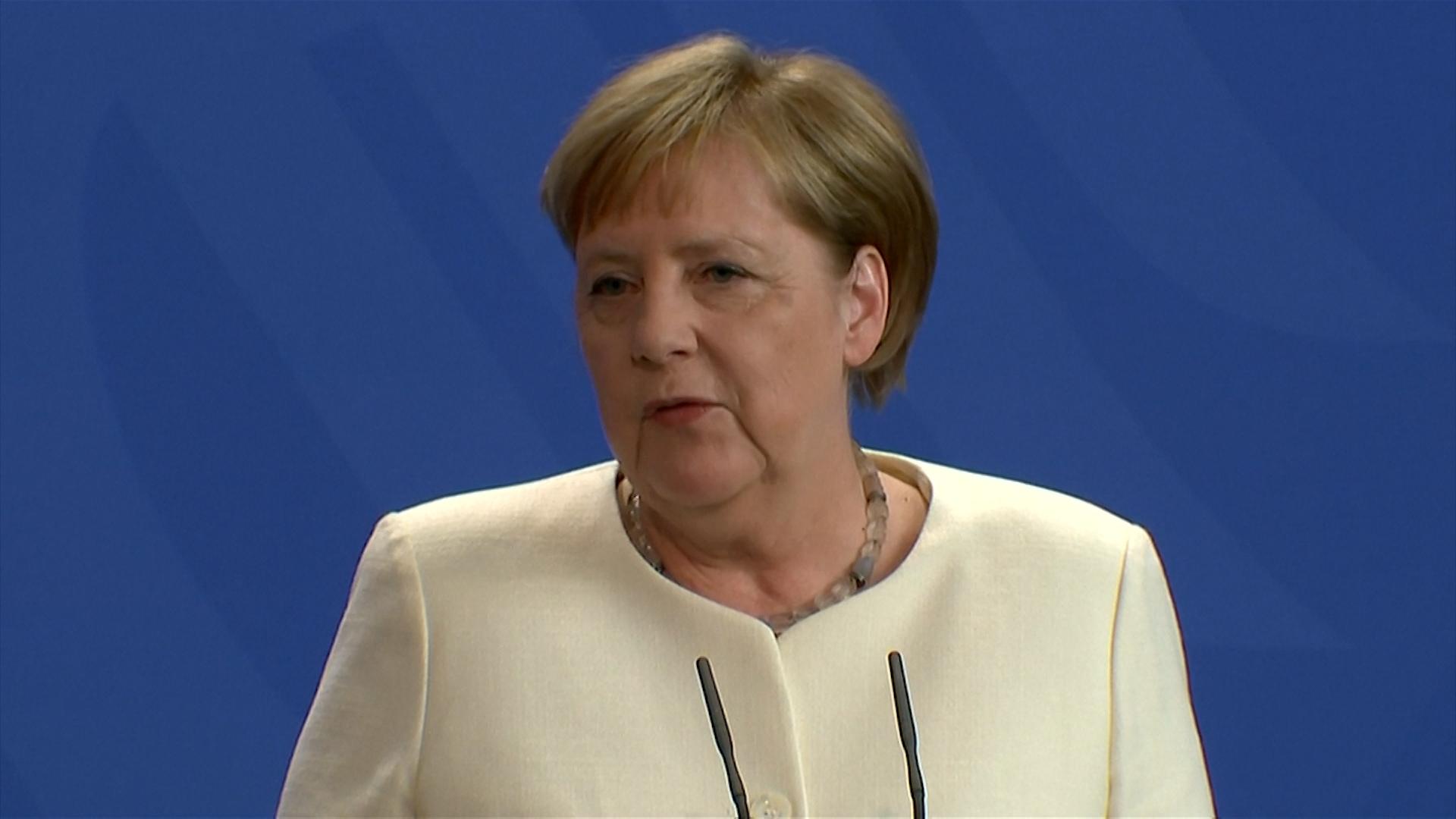 Merkel dio negativo en el primer test pero se mantiene en cuarentena