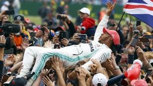 Hamilton se impuso en Silverstone